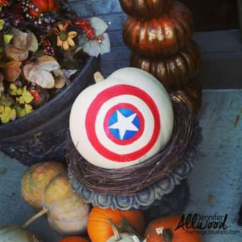 captain-america-pumpkin-display-768x768