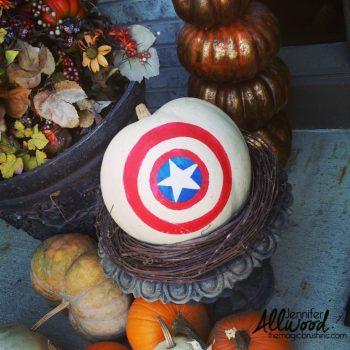 captain-america-pumpkin-display-768x768