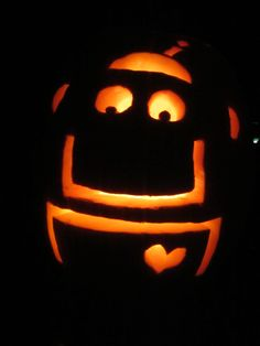 happy-robot-pumpkin
