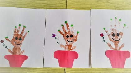 Baby Groot Handprint Project